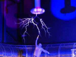 tesla coil experiment, high voltage