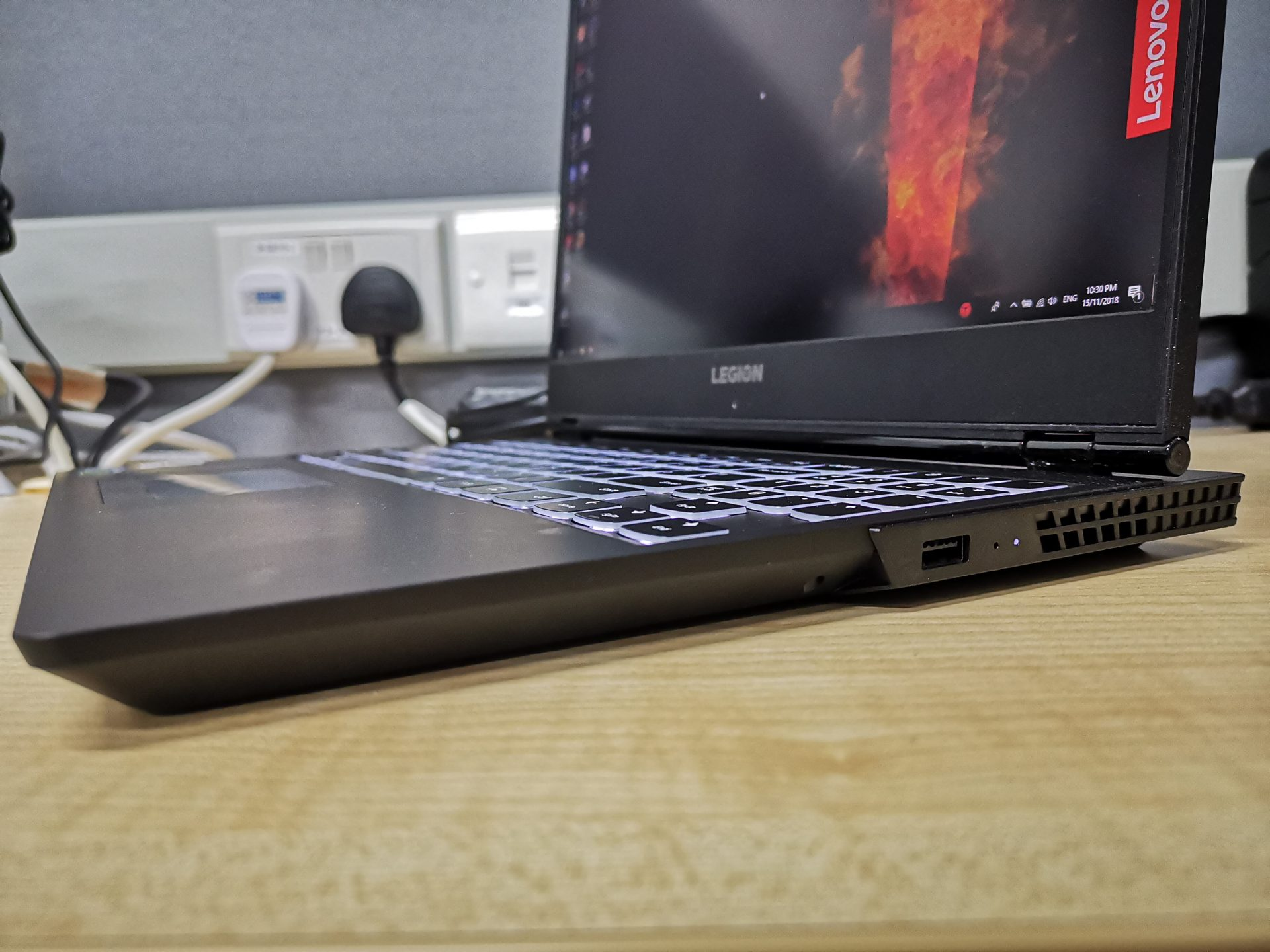Lenovo Legion Y530 Gaming Laptop Review - The Tech Revolutionist