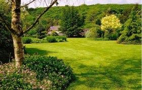 caehir-gardens-wales