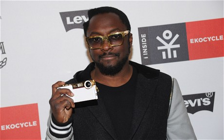 Will.I.Am iPhone Add-on Creates A 14 Megapixel Camera