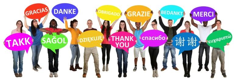 Multikulturell Gruppe junge Menschen People halten Sprechblasen mit danke