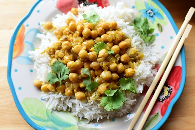 chickpea curry meatless dinners