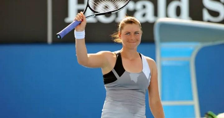 Vera Zvonareva advanced to the second round of competition in Shenzhen