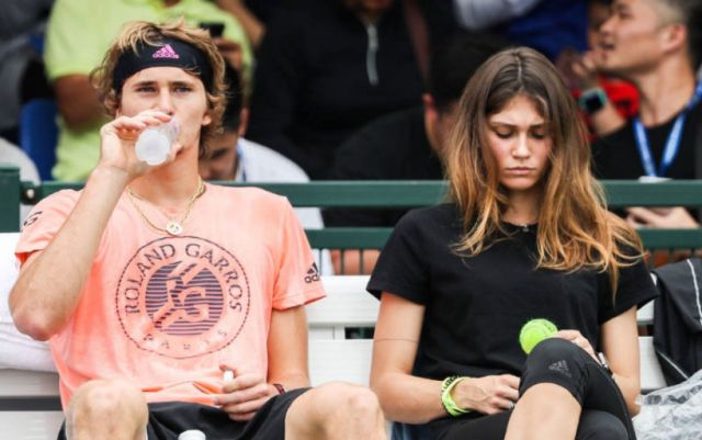 Girl Alexandra Zvereva shared a romantic video with a player (VIDEO)