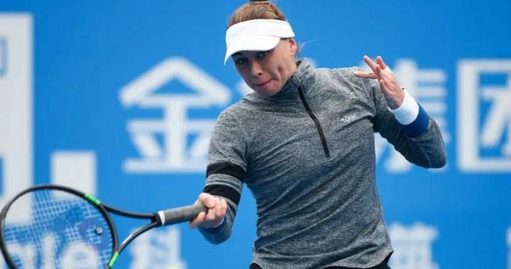 Victoria Azarenka and Vera Zvonareva received a wild card for the tournament in St. Petersburg
