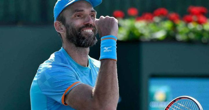 Ivo Karlovic: And I myself know that I am old