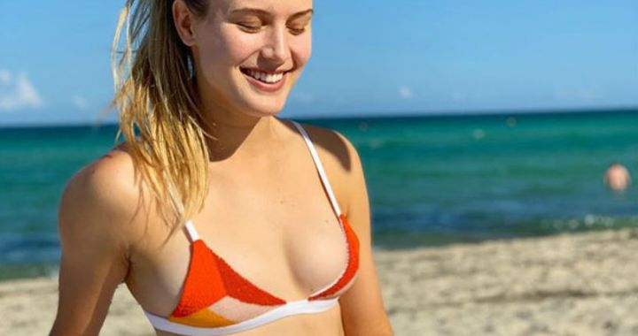 Eugenie Bouchard has posted hot photos in a swimsuit
