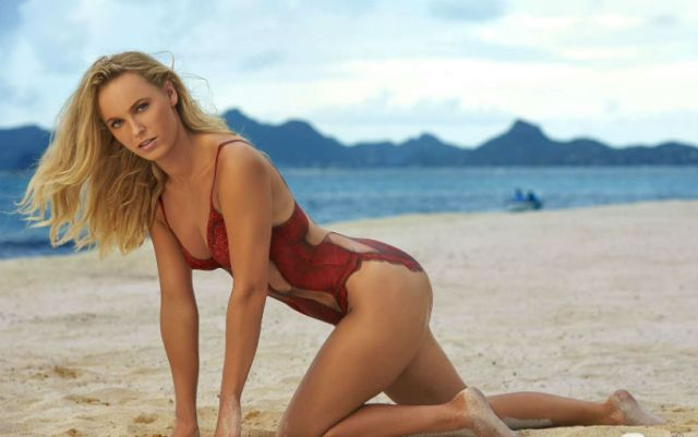 Caroline Wozniacki posted a photo in a swimsuit