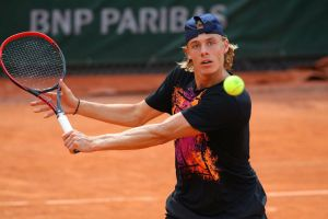 Denis Shapovalov became the participant of the quarter finals of the tournament in Lyon