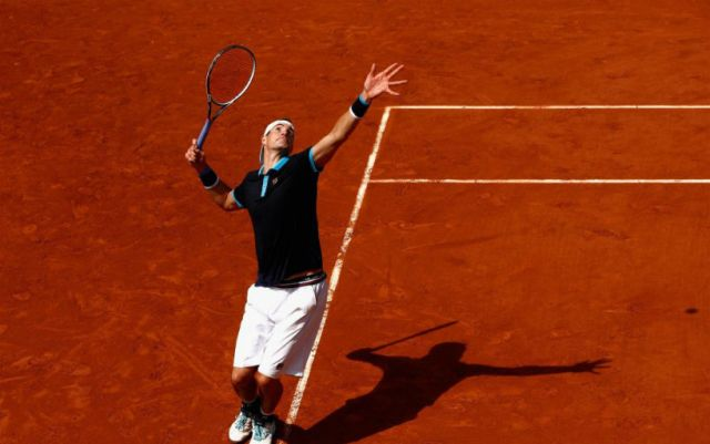 "John Isner withdrew with ""Roland Garros"""