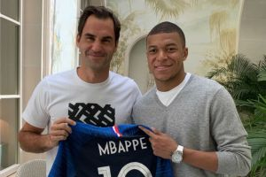 Roger Federer meets with Kilian Mbappe