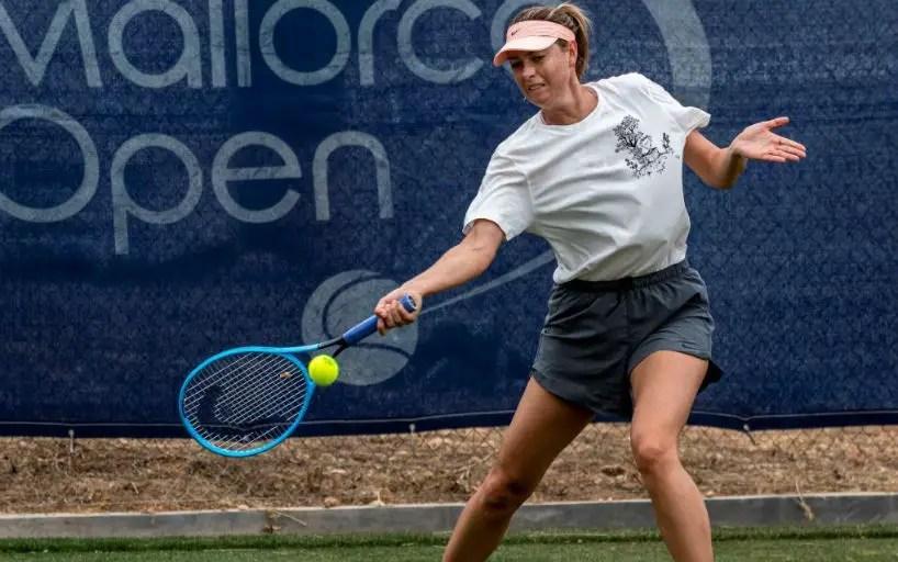 Maria Sharapova won the opening match of the tournament Mallorca Open_5d090e484396c.jpeg