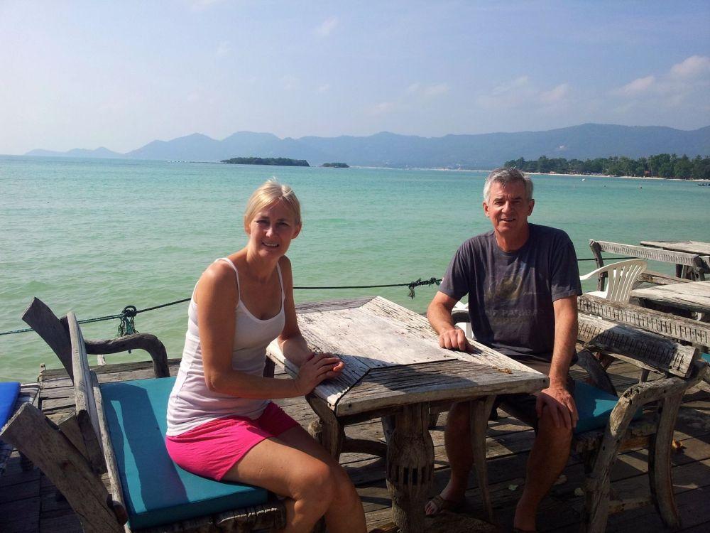 tennis-tourist-Koh-Samui-Matlang-Resort-restaurant-thailand-teri-church