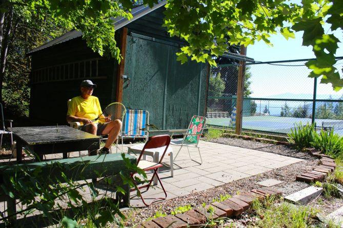 tennis-tourist-rossland-bc-tennis-club-teri-church