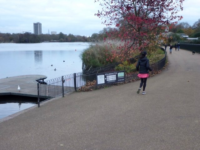 tennis-tourist-runner-london-hyde-park-teri-church