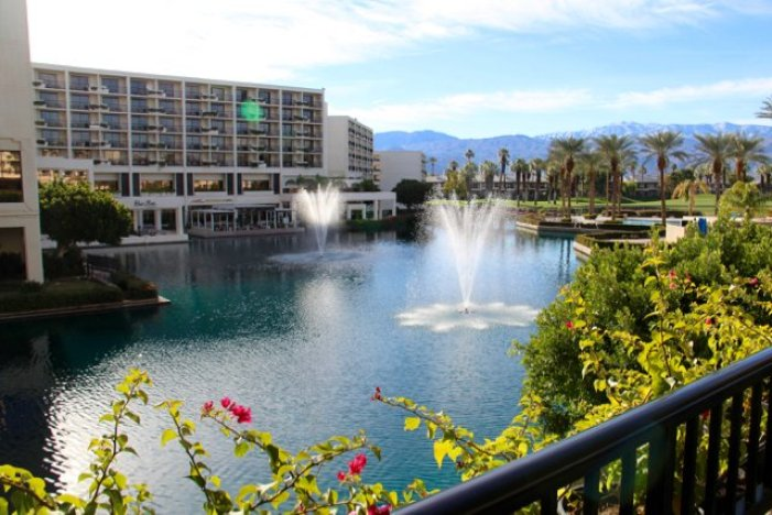 tennis-tourist-jwmarriott-palm-springs-fountains-teri-church