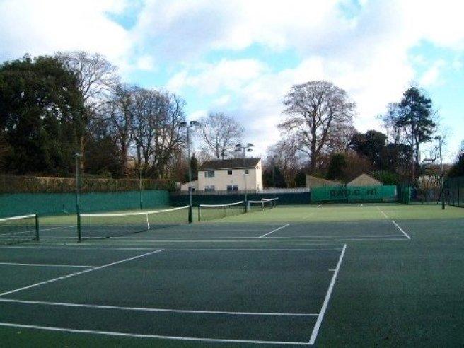 tennis-tourist-courts-from-side-bath-tennis-club