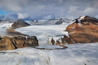 The Ringer moraine, edge of Dry Valleys (Jan 2013)
