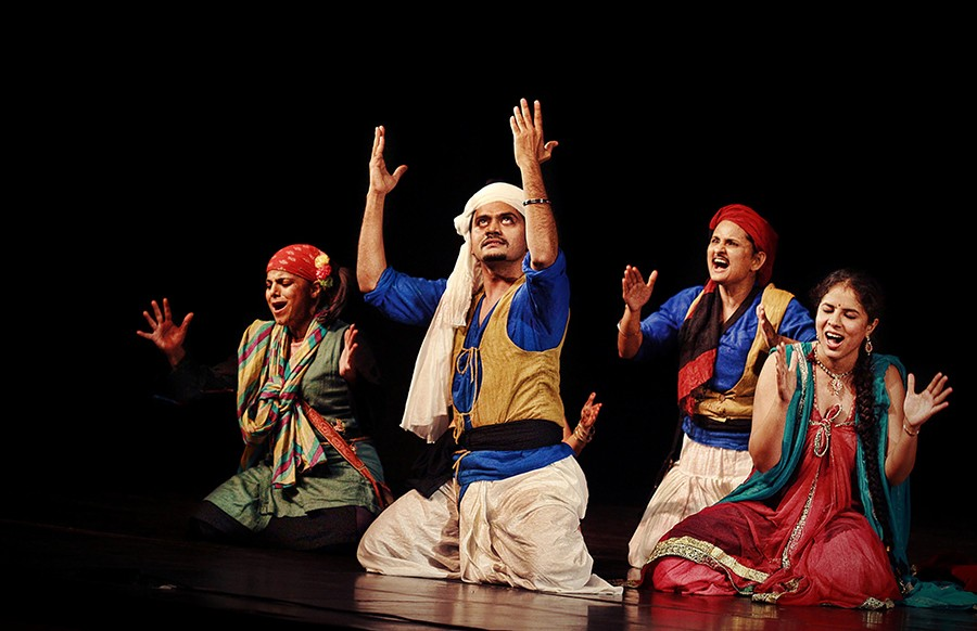 Shakespeare and the Hindi Theatre