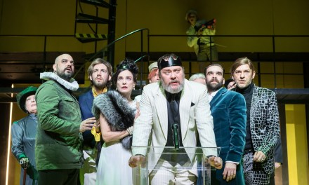 """My Kingdom For A…""–What?! Andrei Şerban's ""Richard III"" At The Radnóti Theatre, Budapest"