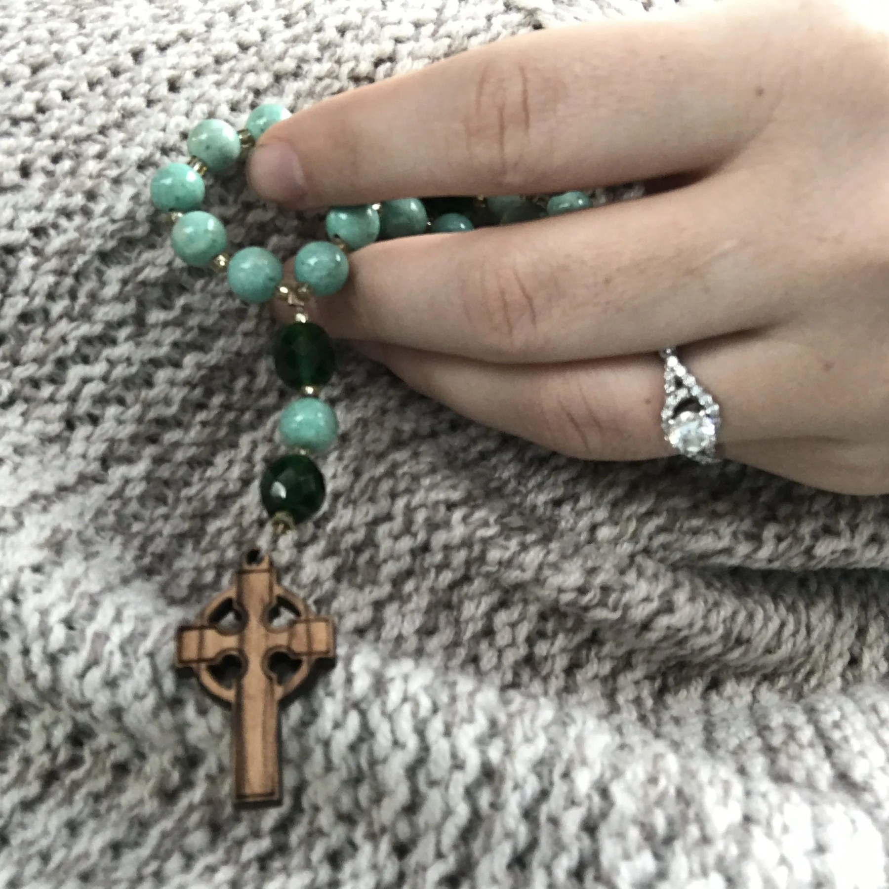Teaching Kids To Pray: Common Catholic Prayers