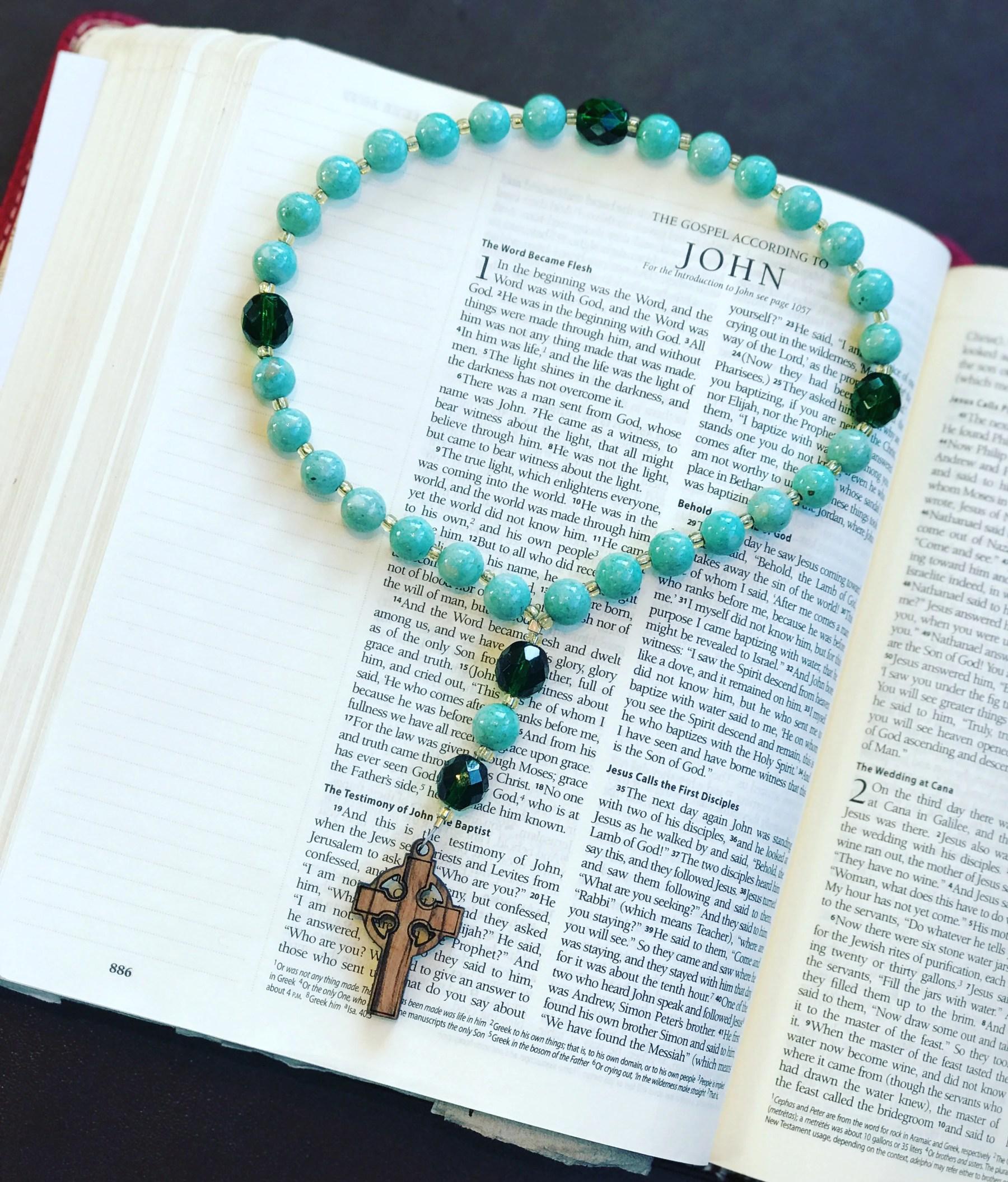 Teaching Kids To Pray: Common Catholic Prayers