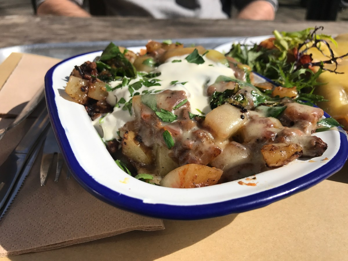 Beef chilli hash with St Giles cheese