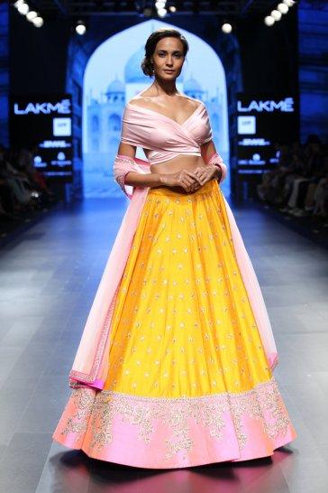 'Mughal India' by Anushree Reddy at Lakme Fashion Week Summer/Resort 2016