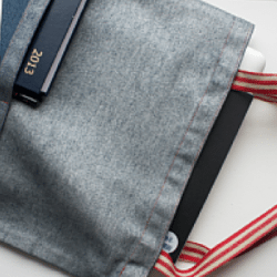 Learn to sew- Simple Tote with a pocket @ The Thrifty Stitcher