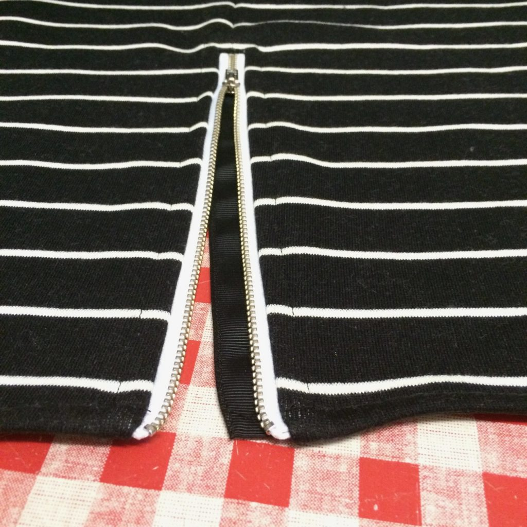 placket behind zip
