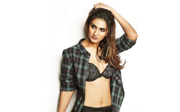 Top 10 Well New Hot Bollywood Actresses In 2018