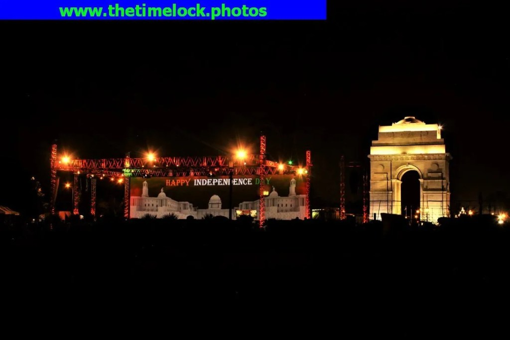 multi-media show India Gate lawns