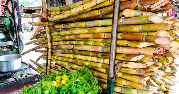 sugarcane juice stall
