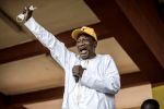 Polls close in Guinea's tense presidential election