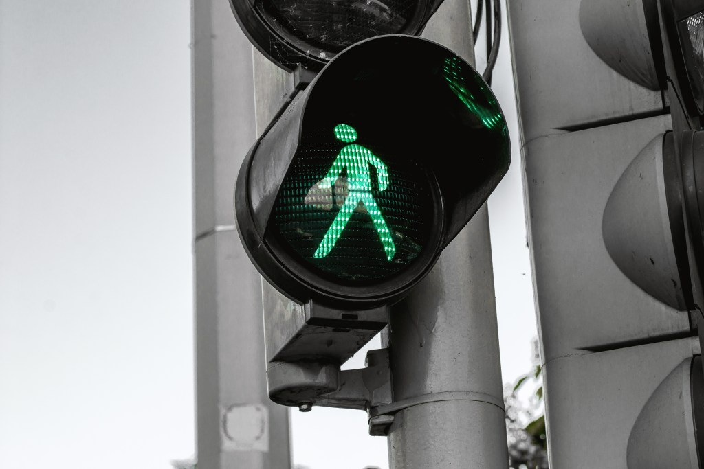 Traffic Light Cross Walk