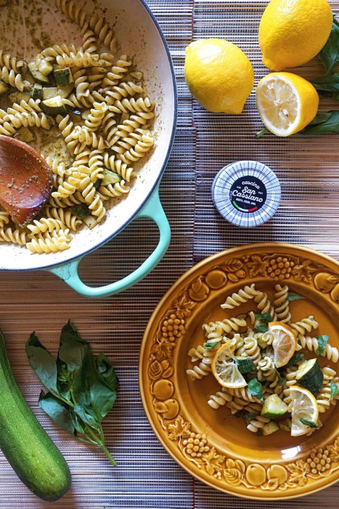 Pasta with basil pesto, courgetter and roasted lemon