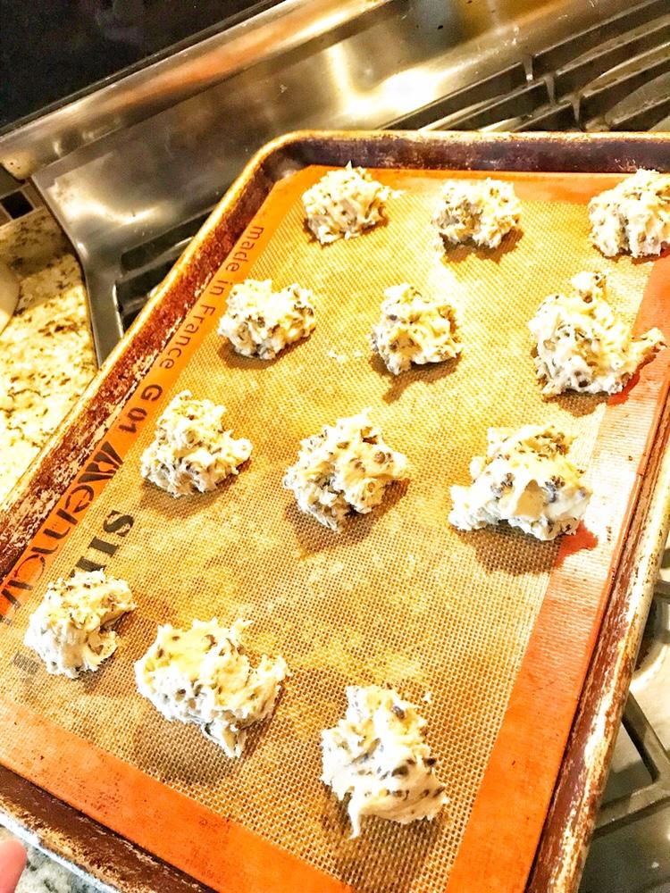 dough, silpat mat, cookies