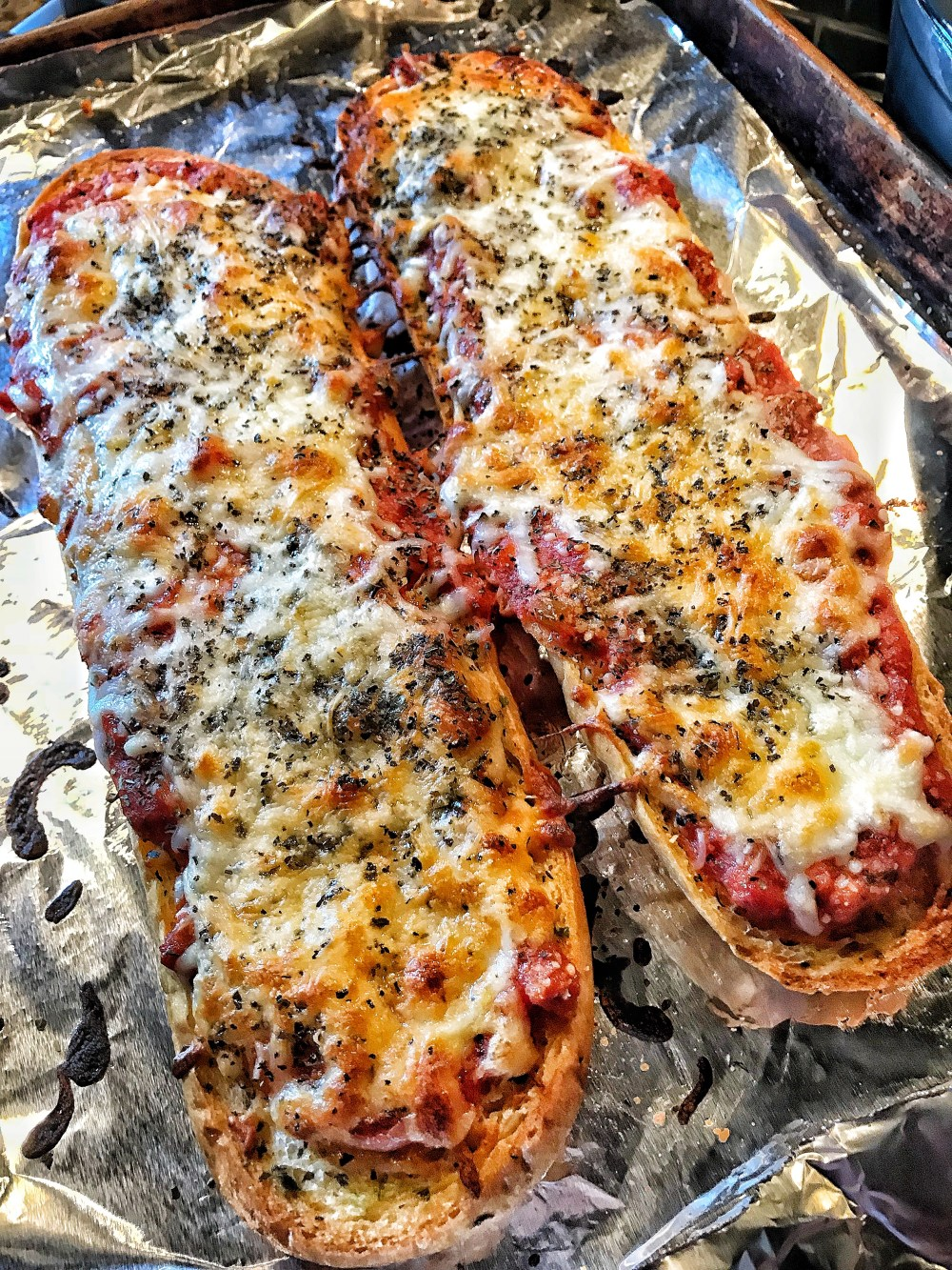 Bubbly Brown Pizza Bread