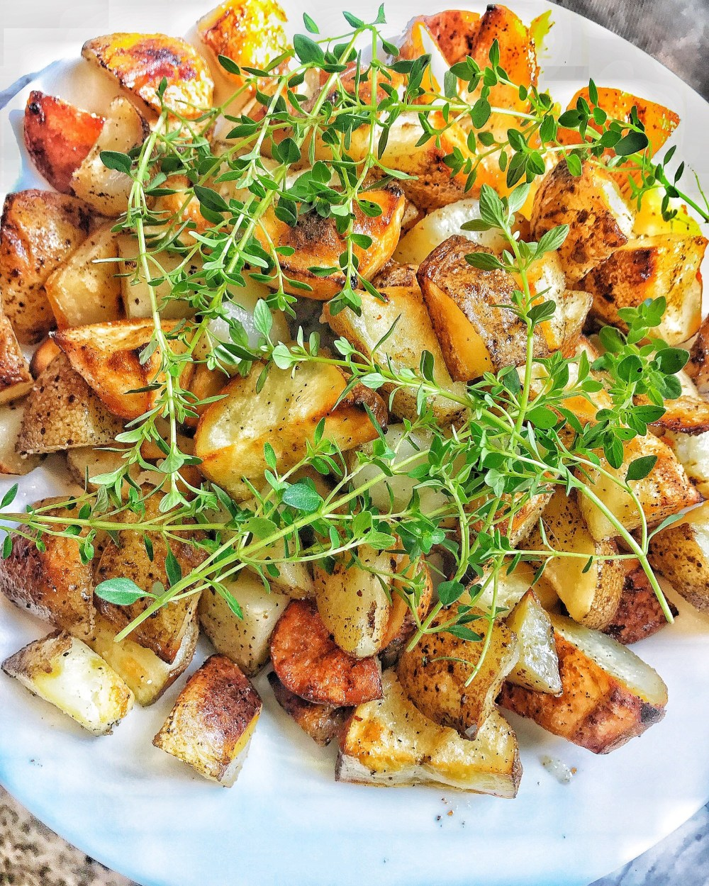 a picture of crispy fried potatoes