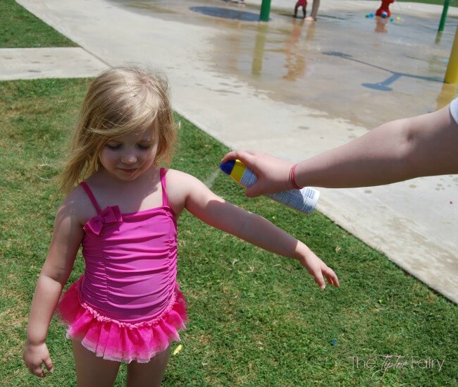 Are you applying sunscreen correctly? Come check out easy tips for sunscreen use! Banana Boat® Keeps You Covered at the Splash Pad and more! #BBBestSummerEver @bananaboat   The TipToe Fairy #ad