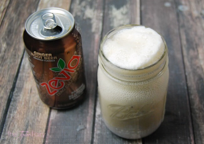 Ginger Root Puff - a skinny kind of root beer float drink - great for mocktails and cocktails | The TipToe Fairy #TheNewSweet