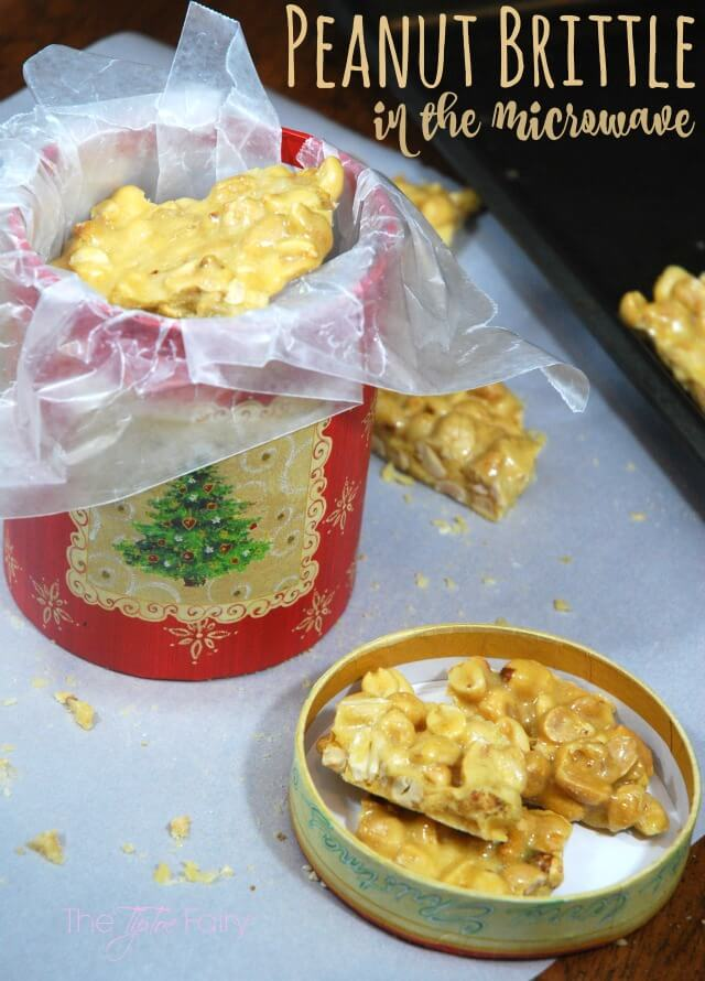 Make Peanut Brittle in the microwave - great for a holiday gift & an IBS-friendly recipe! #ad #VSL3KnowtheDifference | The TipToe Fairyl
