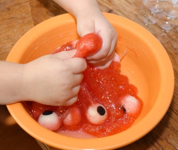 Mixing up the eyeball slime