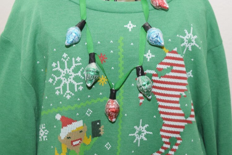 Accessorize your Ugly Sweater w/a HERSHEY'S KISSES KISSMAS SWEATER Chocolates necklace! #ad