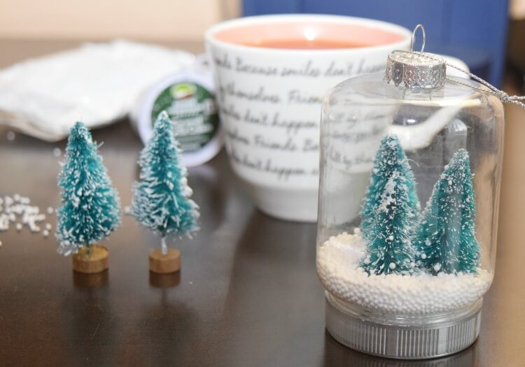 How to make these Mini Mason Jar Holiday Ornaments & #BrewTheLove on Fall Back Day today! #IC #ad
