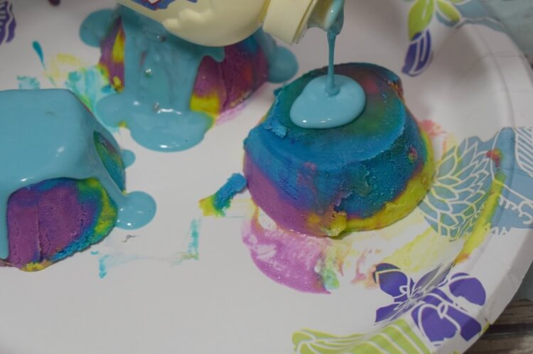 Drizzling the Mini Unicorn Ice Cream Cakes