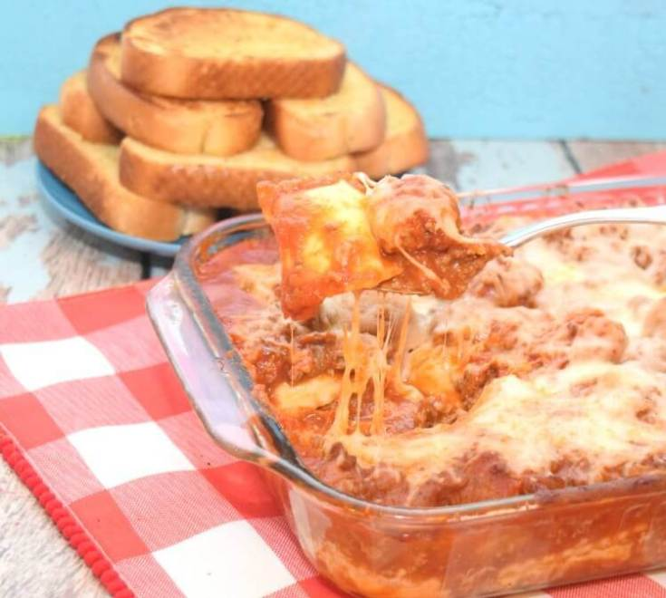Cheesy Meatball Ravioli Lasagna