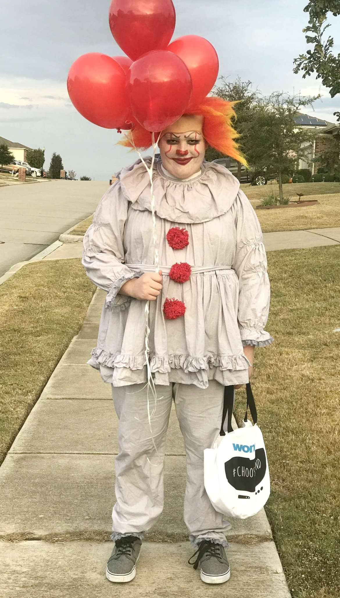 Easy Pennywise Costume