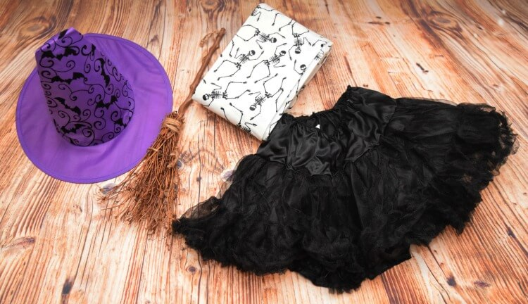 Supplies for Cheap Witch Costume