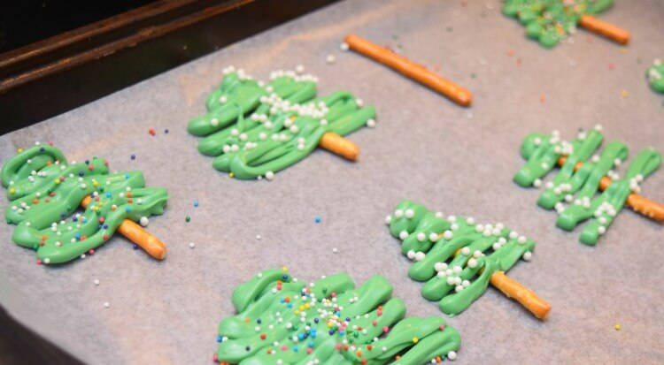 Make Candy Melt Christmas Trees